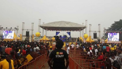 Escenario con ground support MTN Music Show @ Abidjan (Costa de Marfil)